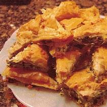 receta gatimi per pergaditjen e byrekut me pule dhe djathe