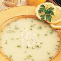 receta gatimi per pergaditjen e supes me mish, veze dhe limon