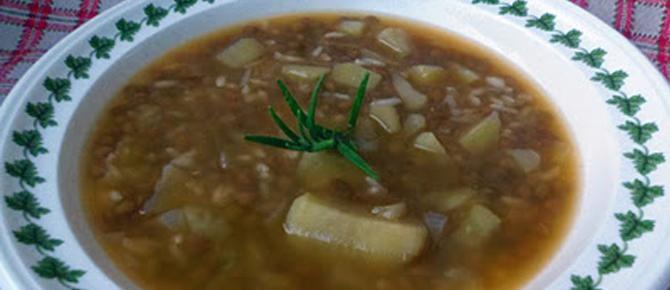 Supë me oriz dhe thjerrëza