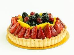 Embëlsirë me fruta mali