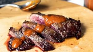 Biftek me spec të kuq