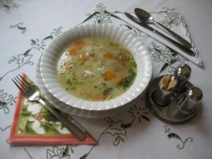 Supë pule me karrota