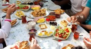 Çfarë të hani gjatë verës