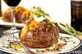 Patate të mbushura me mish të bluar