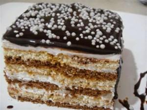 Torte me biskota dhe kakao