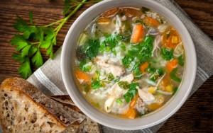 Supë me oriz