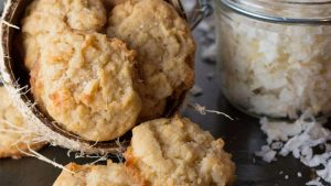 Biskota me kokos, tërshërë dhe drithëra