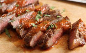 Biftek me spec të kuq djegës