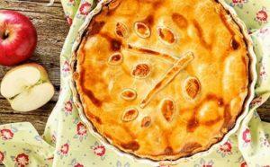 Tortë amerikane me mollë